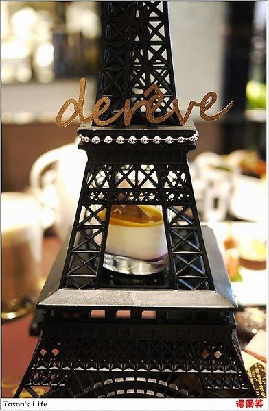 【台中│美食】在巴黎铁塔下享用下午茶.德尔芙