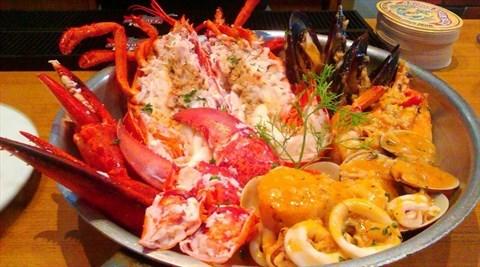 龙虾海鲜拼盘