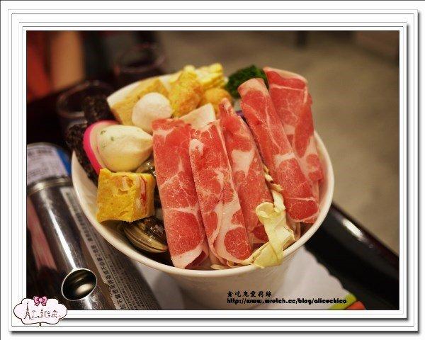 万能丹�c9�n��oy�i��(9�d_餐厅 高雄/屏东 三民区 贝比多义式餐厅 食记      请自行取用醝料区