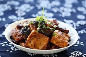 豆腐燒香菇
