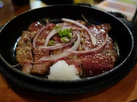 肉的熟度抓得很好肉很嫩