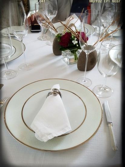 餐桌及餐具
