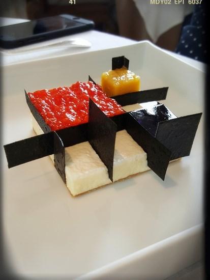 現代主義之乳酪蛋糕
