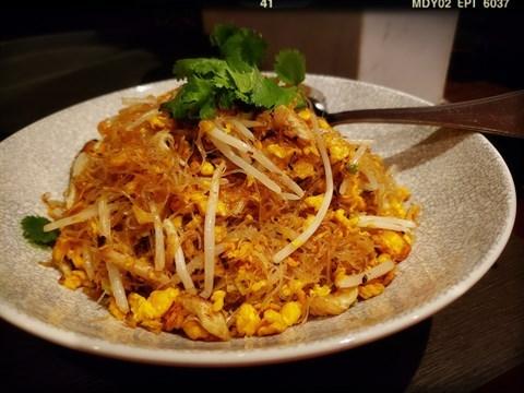 金瑤蟹肉乾燒米粉(NT 880/客)